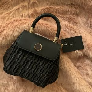 NEW WITH TAGS 🖤 Zara Black Woven Bag